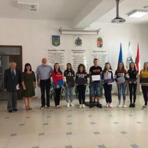 Laptopokkal segítettük Nagydobronyi Református Líceum diákjait